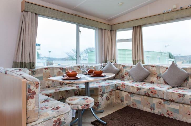 172 Looe Bay Holiday Park - 2 beds