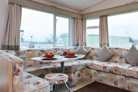 172 Looe Bay Holiday Park - 2 beds - Looe