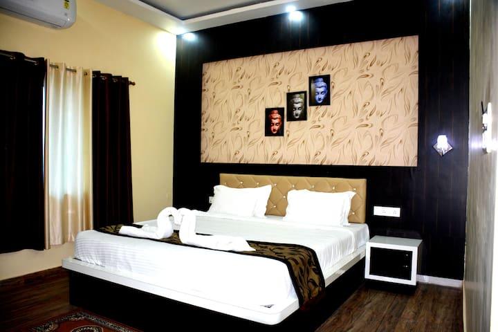 Hotel Mariya International Bodhgaya