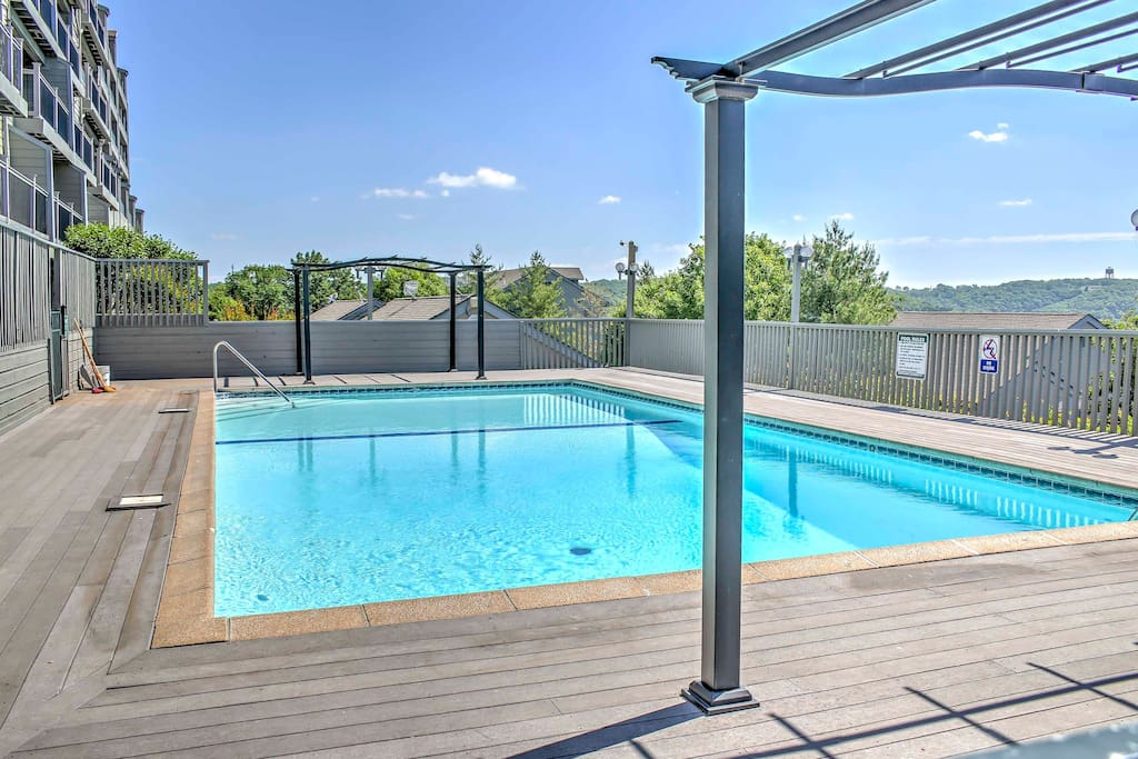 Located in the Treehouse Condos, you and your group will enjoy access to this outdoor swimming pool.