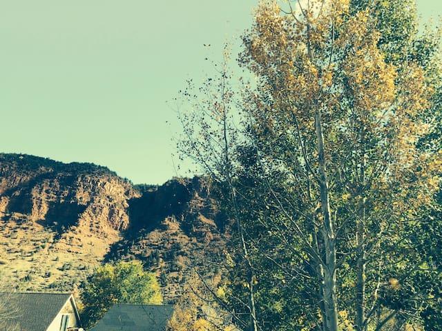 Beautiful Classic Mountain Home - Glenwood Springs - Casa
