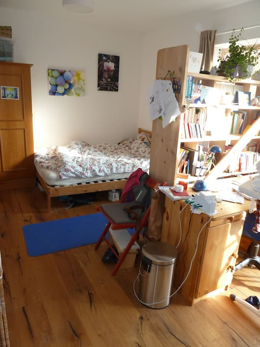 This is your room (look how much daylight you'll have!). We'll change the furniture a litte bit until your arrival...