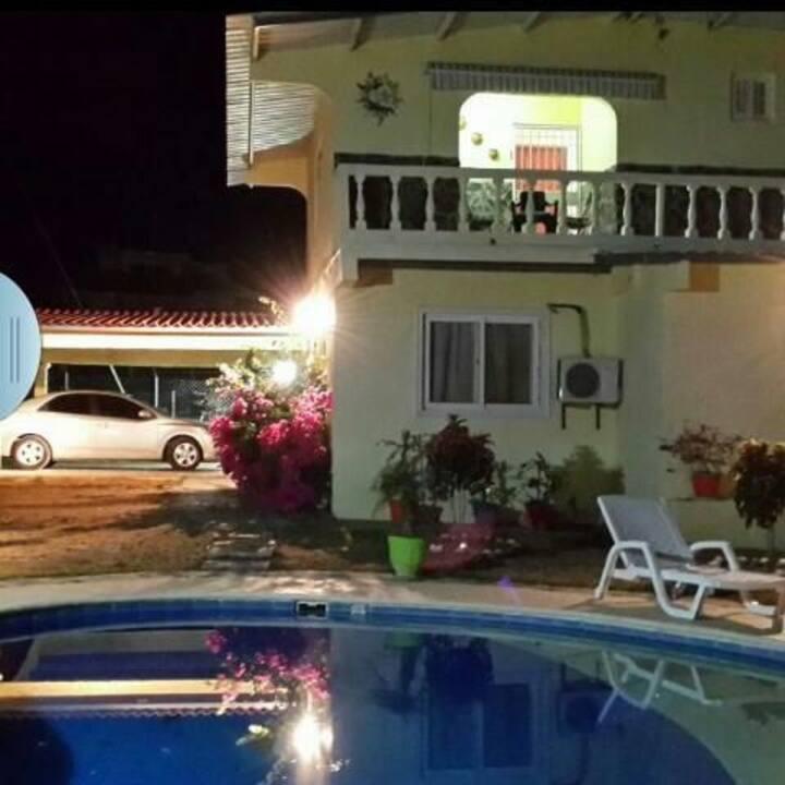 Hermosa casa con piscina en el valle de Antón