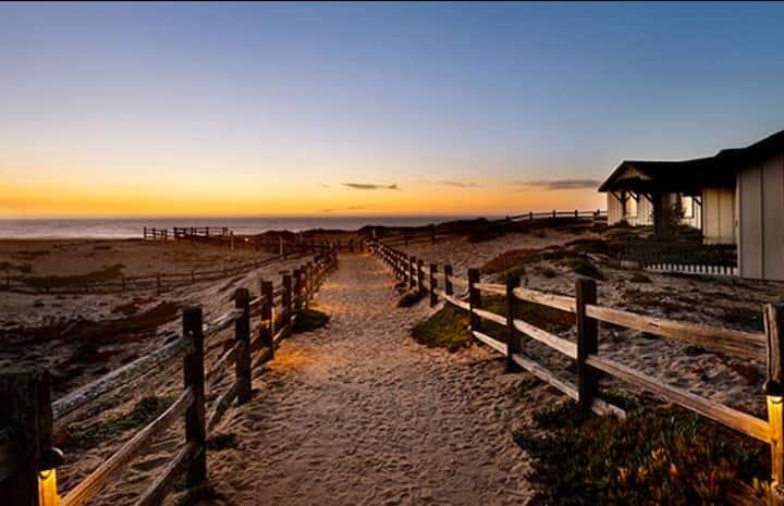 Monterey / Marina, CA 2 BR Condo