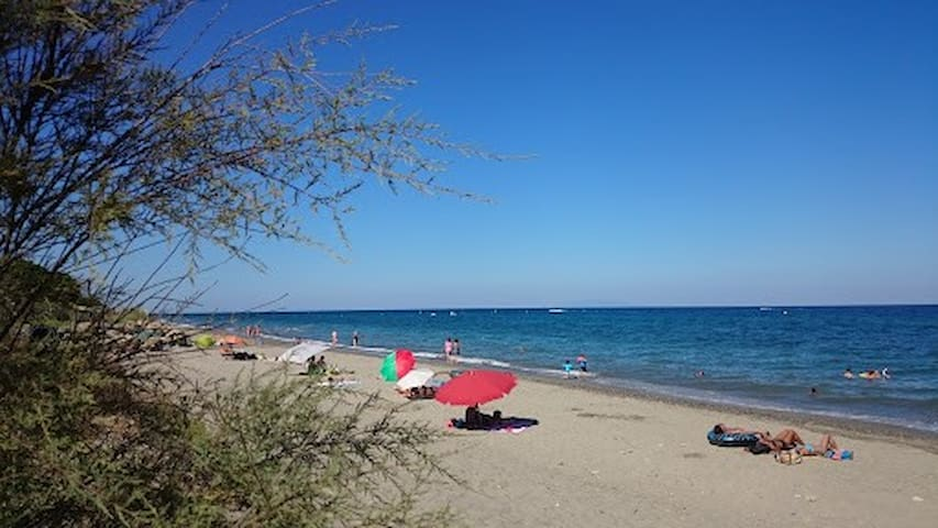 Villa 3 chrs, calme,5mn de la mer, 30mn aéroport
