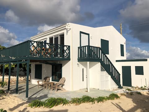 Salt Cay Beach Efficiency - Ground floor space