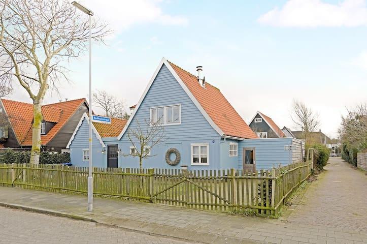 Cottage aan zee in Huisduinen, vlakbij Den Helder - Huisduinen - Blockhütte