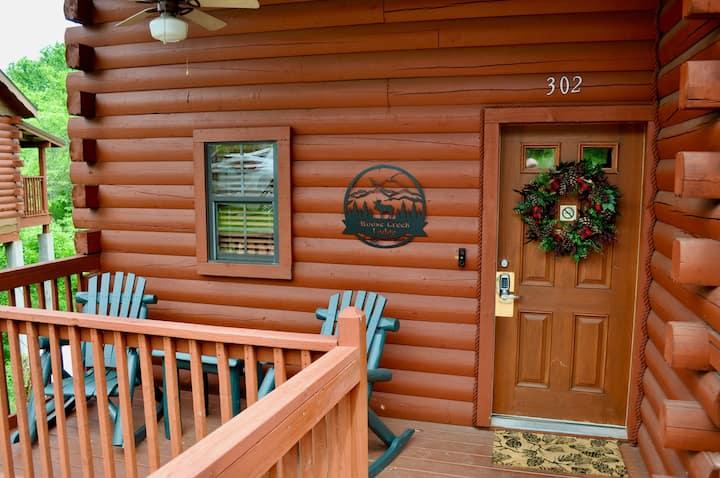 Moose Creek Lodge - 3 Bed/2 Bath Log Cabin