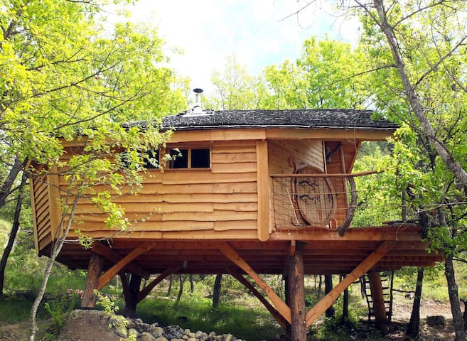 cabane dans les arbres en Drôme Provençale - Saint-May - Cabin
