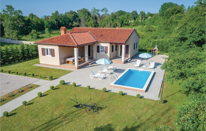 Stunning home in Labin with WiFi and 3 Bedrooms