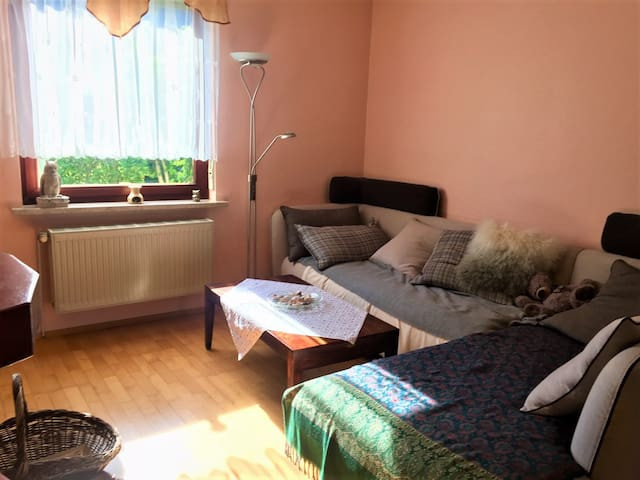 """Cozy room in sweet house +zen garden in Neukölln"""