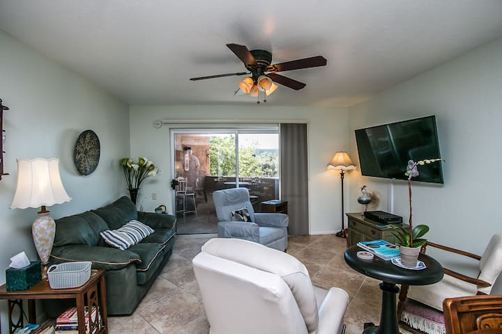 Old Town Scottsdale Condo with Camelback Views!