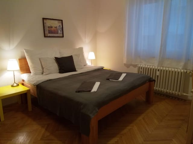 Party friendly apartment