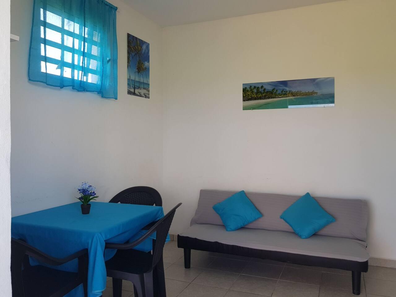 Joli T2 meublé à Saint François Guadeloupe