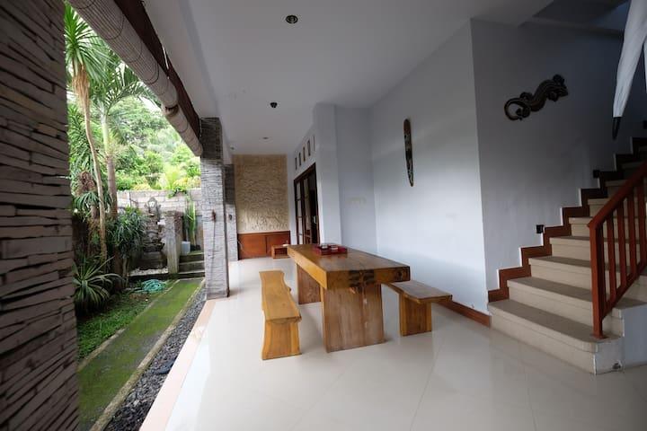 Stylish & Spacious & Private @ Manikan Villa Ubud