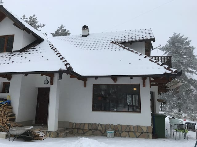 Charming holiday house in Divčibare