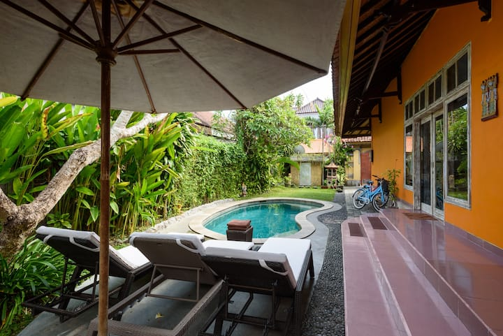 Balinese 3 bedr house in Sanur-Rumah Frangipani