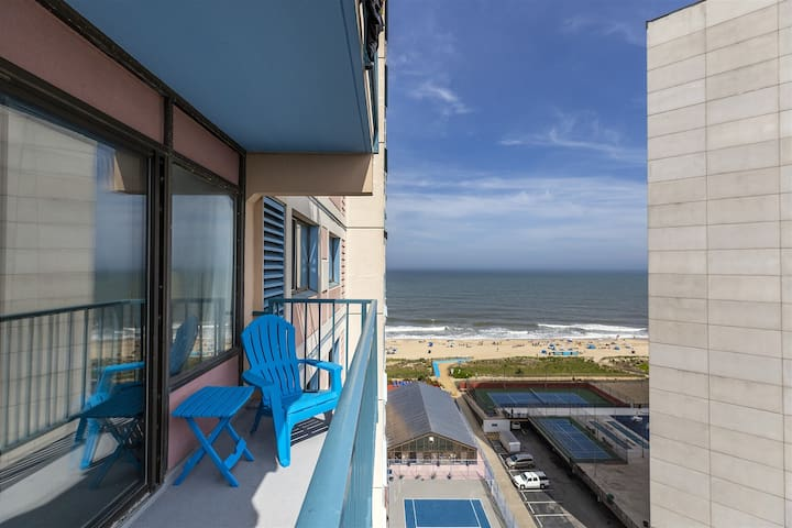 Capri 1303 in OCMD has amazing Ocean & Bay Views!