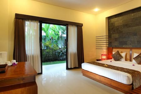 nice hotel with low price in central ubud - Ubud