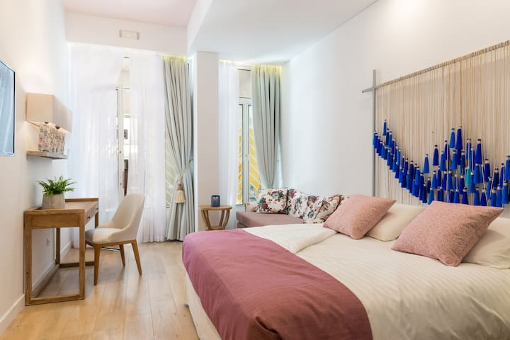 Private boutique rooms in the centre of Chania
