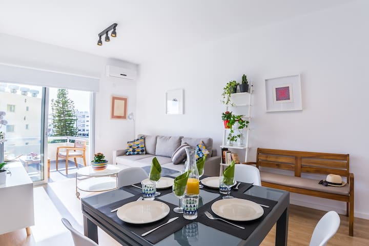 Ariadni, stylish and cosy flat 200m from the beach