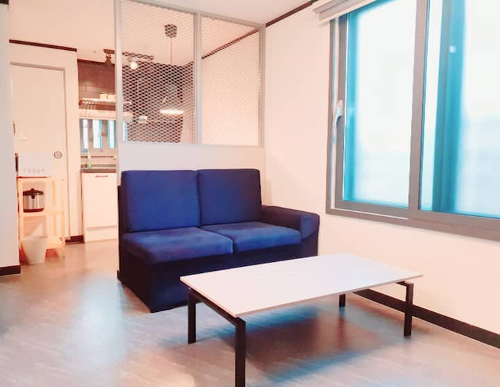 [NEW]COEX HOUSE w/ wide Bedroom/Separate Dressroom
