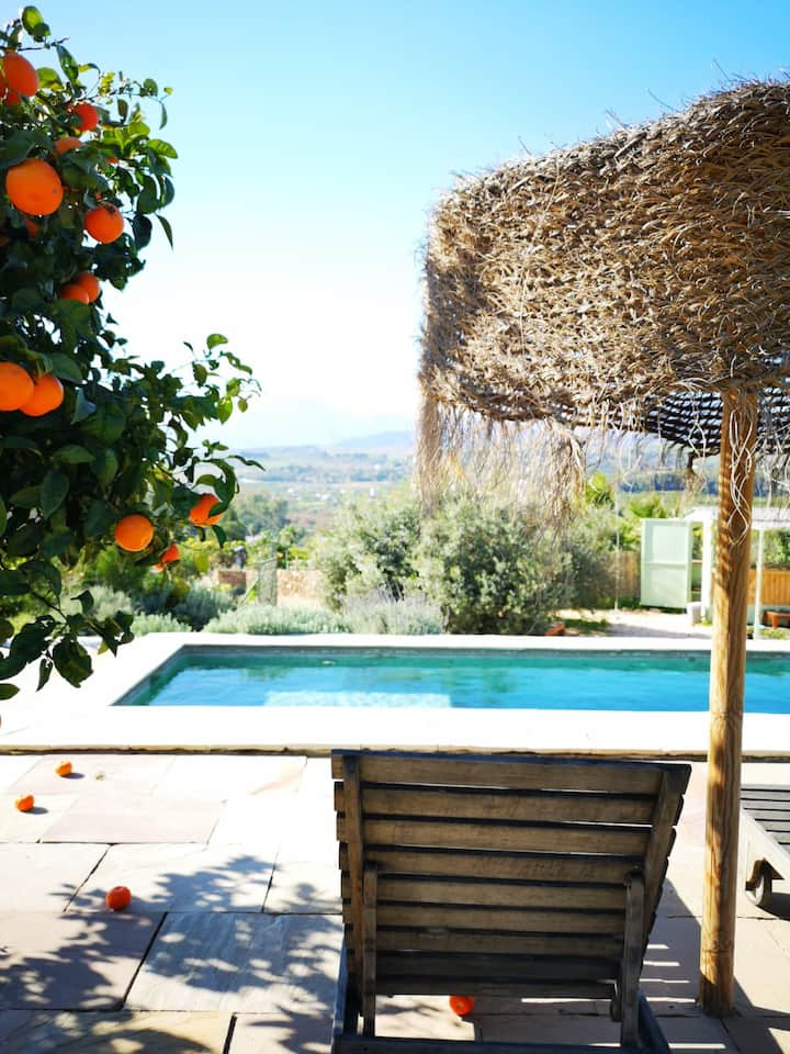 Lovely, peaceful Andalucian country cottage