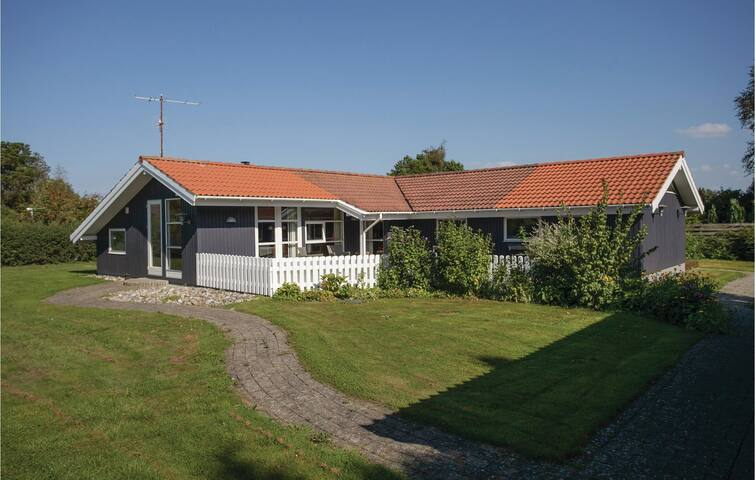 Holiday cottage with 2 bedrooms on 123m² in Slagelse