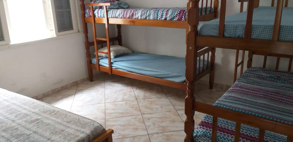 Camas de solteiro - quarto 2
