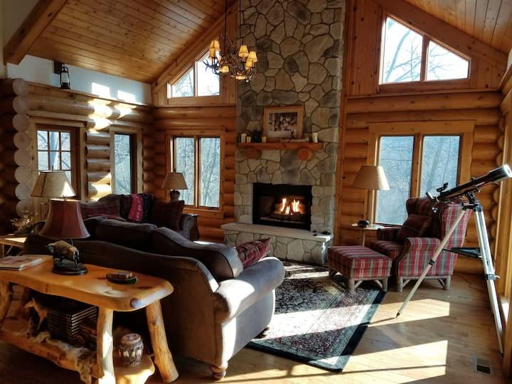 Galena Luxury Log Cabin Retreat