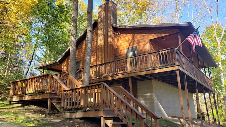 Vacation cabin in the beautiful Hocking Hills