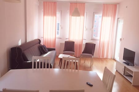 Cosy furnished appartment near EULEX