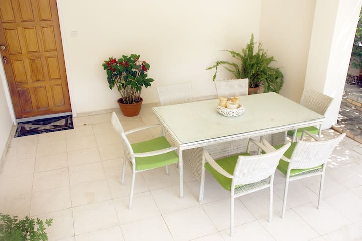 A home from home experience - Limassol - House