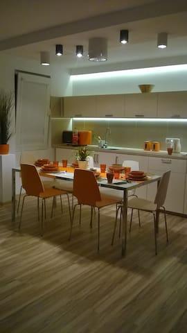 For six friends. No hidden costs. - Cracovia - Appartamento