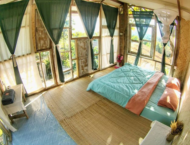 Mountain view room with share bathroom - Tambon Mae Na Toeng - Konukevi