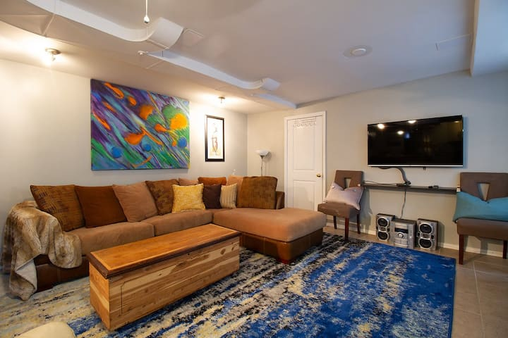 Stylish Flat in the Heart of Overbrook