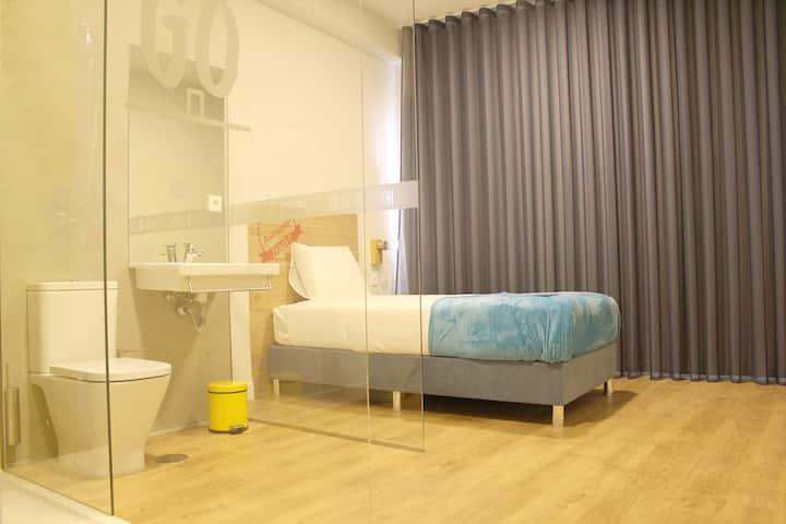 Quarto Individual - Hi!GO Hostel & Suites