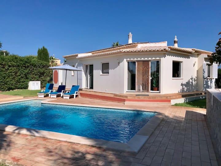 Comfortable villa in the beautiful Carvoeiro