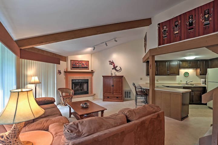 Abbey Springs Condo w/Spa Access by Lake Geneva!