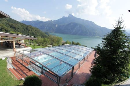 Apartment at an organic farm at Mondsee lake - Au