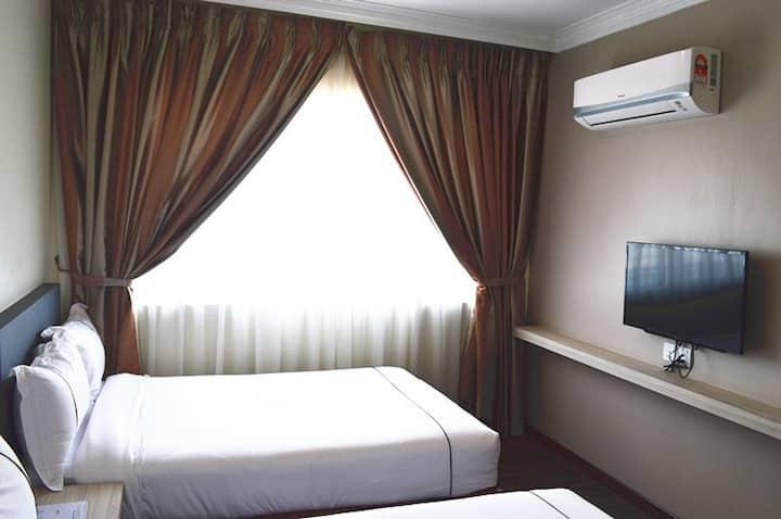 Angsoka Hotel Teluk Intan Deluxe Twin 203