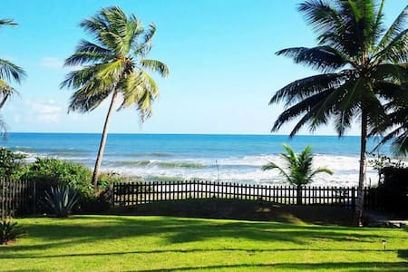 Oceanfront villa; 3-bed/bath; private pool