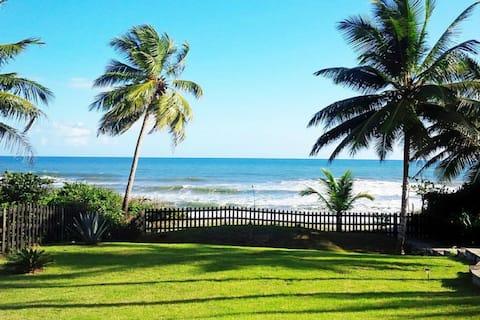 Oceanfront villa; 3-bed/bath; private pool
