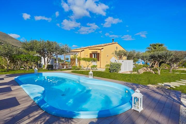 Villa Gaia, Scopello
