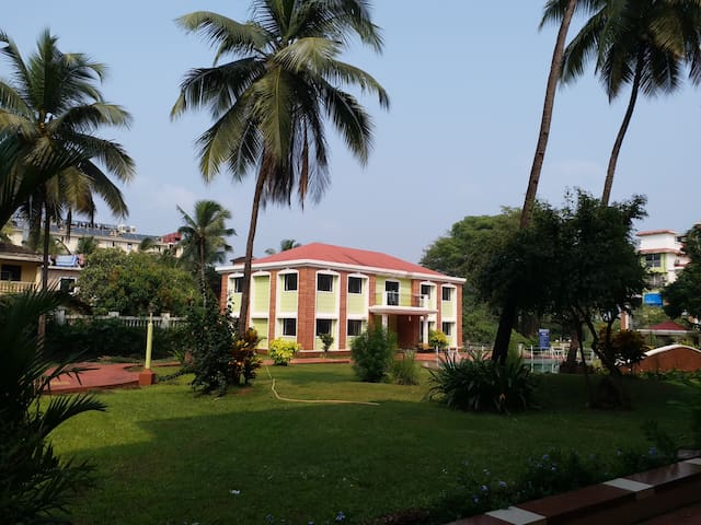 SPACIOUS 2 BHK APARTMENT IN THE HEART OF GOA 2