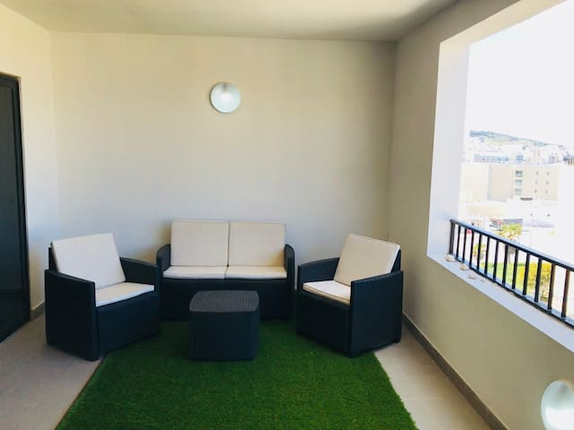 2 bedroom central apartment