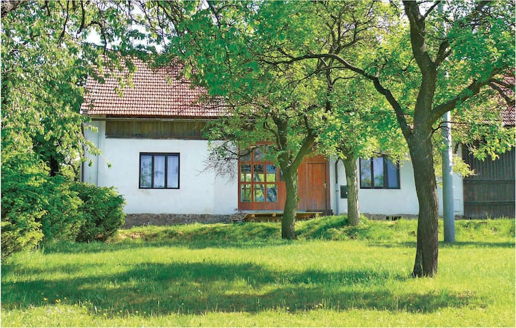 Holiday cottage with 2 bedrooms on 121m² in Lysice