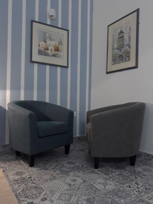 Sitting Area /TV area