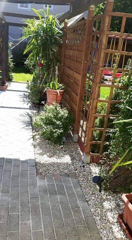 Apartement Casa Luber mit Bad und Gartenblick