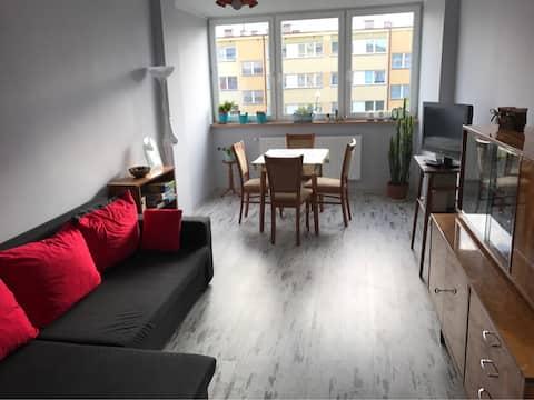 Słoneczne, dwupokojowe mieszkanie w centrum Kudowy